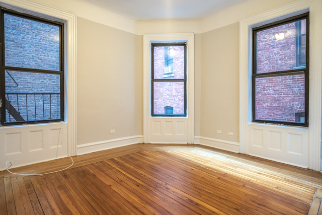 2 Bedrooms, Upper West Side Rental in NYC for $2,695 - Photo 1