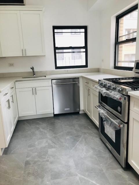 2 Bedrooms, Midtown East Rental in NYC for $4,917 - Photo 1