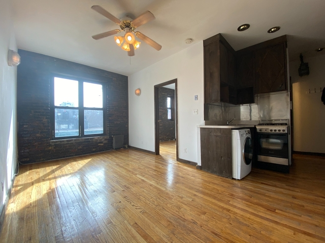 2 Bedrooms, Alphabet City Rental in NYC for $2,885 - Photo 1