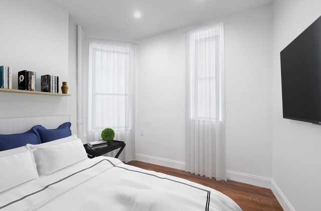 4 Bedrooms, East Village Rental in NYC for $4,500 - Photo 1