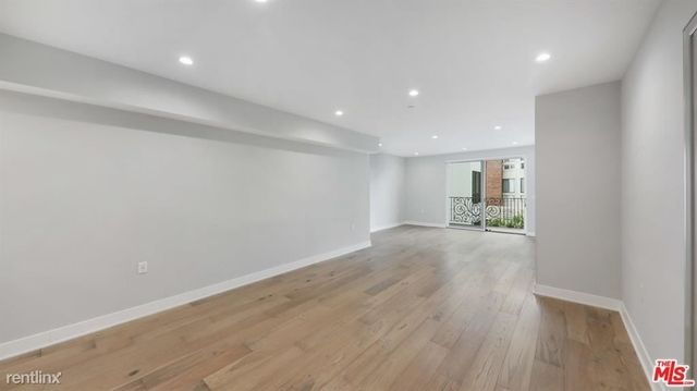 2 Bedrooms, Brentwood Rental in Los Angeles, CA for $6,125 - Photo 1
