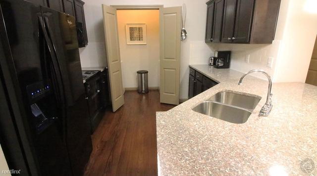 2 Bedrooms, Montgomery Rental in Houston for $1,174 - Photo 1