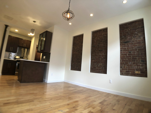 4 Bedrooms, Crown Heights Rental in NYC for $2,434 - Photo 1