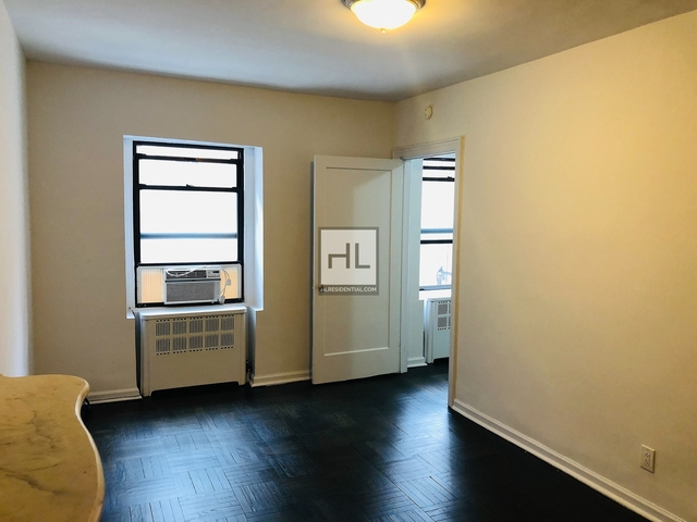 1 Bedroom, Lenox Hill Rental in NYC for $2,100 - Photo 1