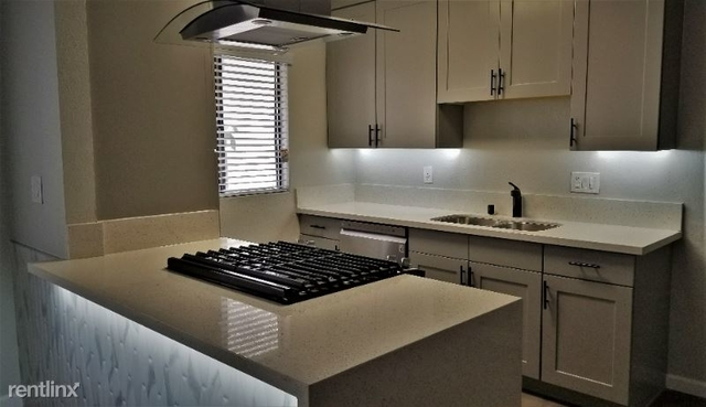 2 Bedrooms, Sherman Oaks Rental in Los Angeles, CA for $2,500 - Photo 1