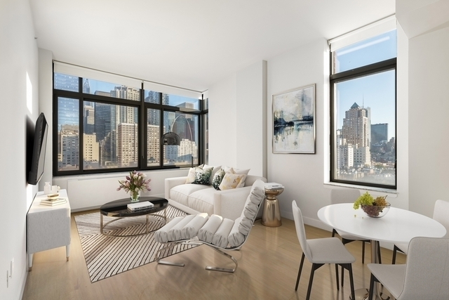 2 Bedrooms, Hell's Kitchen Rental in NYC for $6,142 - Photo 1