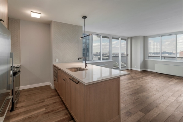 2 Bedrooms, Hell's Kitchen Rental in NYC for $6,463 - Photo 1