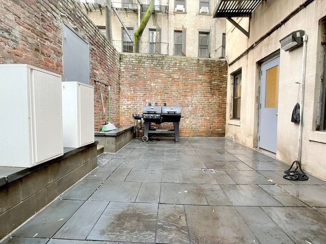 2 Bedrooms, Little Italy Rental in NYC for $4,083 - Photo 1