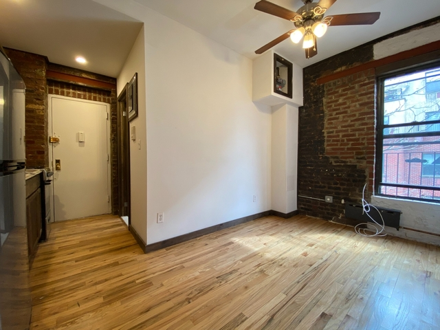 2 Bedrooms, Alphabet City Rental in NYC for $3,045 - Photo 1