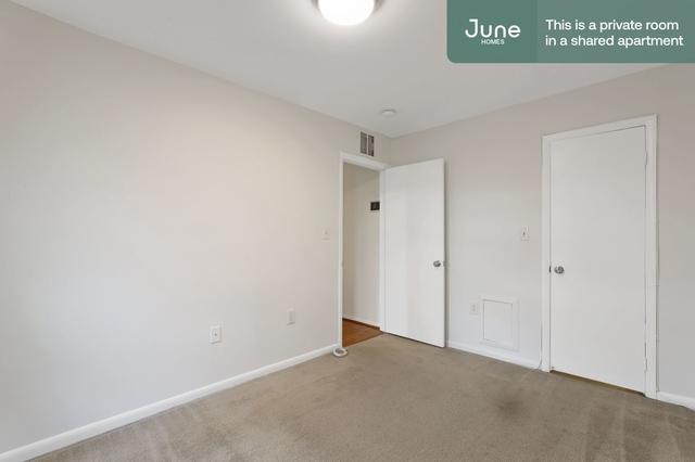 Room, Logan Circle - Shaw Rental in Washington, DC for $1,150 - Photo 1