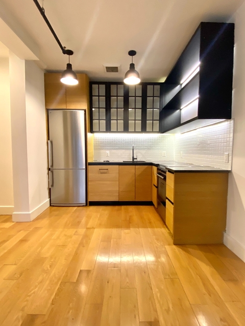1 Bedroom, Bushwick Rental in NYC for $1,999 - Photo 1