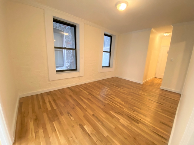 3 Bedrooms, East Village Rental in NYC for $3,958 - Photo 1