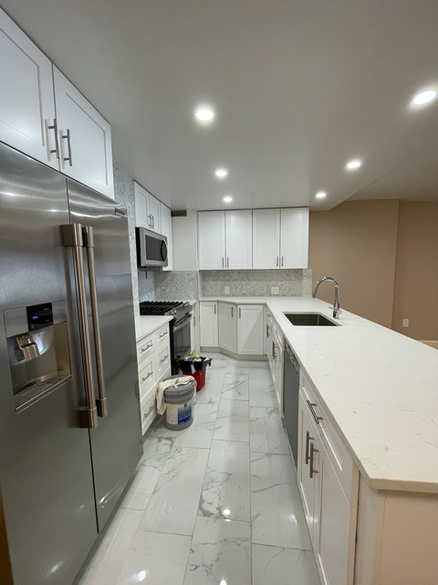 2 Bedrooms, Yorkville Rental in NYC for $7,860 - Photo 1