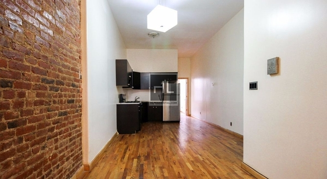 2 Bedrooms, Bushwick Rental in NYC for $3,000 - Photo 1