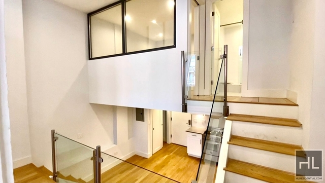 3 Bedrooms, Gramercy Park Rental in NYC for $5,923 - Photo 1