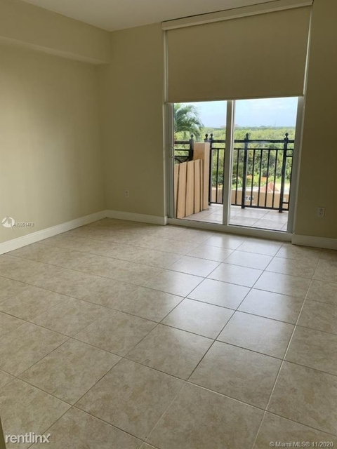 2 Bedrooms, Crafts Rental in Miami, FL for $2,100 - Photo 1
