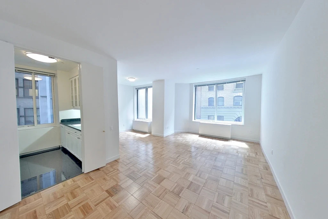 1 Bedroom, Financial District Rental in NYC for $3,498 - Photo 1