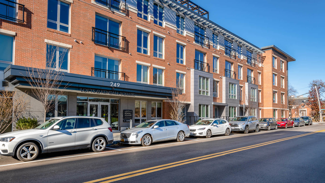 2 Bedrooms, East Cambridge Rental in Boston, MA for $4,229 - Photo 1
