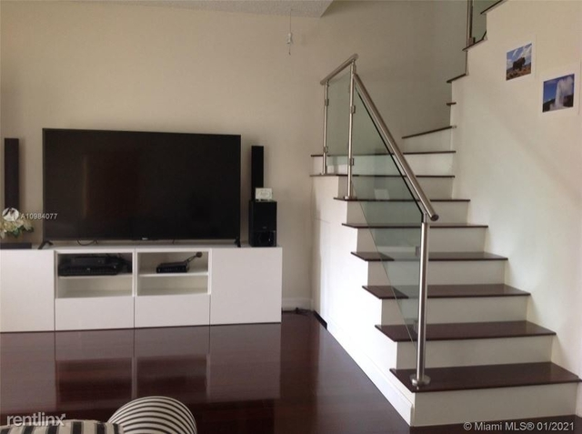 3 Bedrooms, Coral Gables Section Rental in Miami, FL for $3,500 - Photo 1