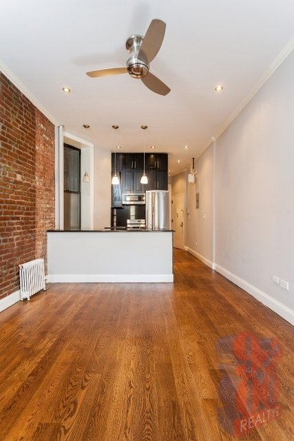 2 Bedrooms, Alphabet City Rental in NYC for $3,203 - Photo 1