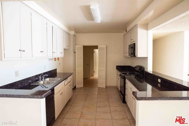 2 Bedrooms, Brentwood Rental in Los Angeles, CA for $3,295 - Photo 1