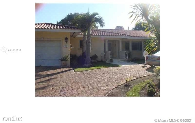 4 Bedrooms, Riviera Rental in Miami, FL for $5,900 - Photo 1