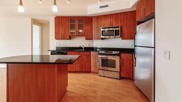 2 Bedrooms, Bethesda Rental in Washington, DC for $3,866 - Photo 1