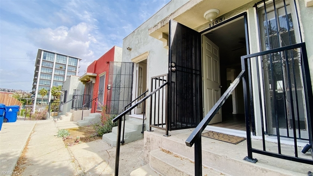 2 Bedrooms, Angelino Heights Rental in Los Angeles, CA for $2,250 - Photo 1