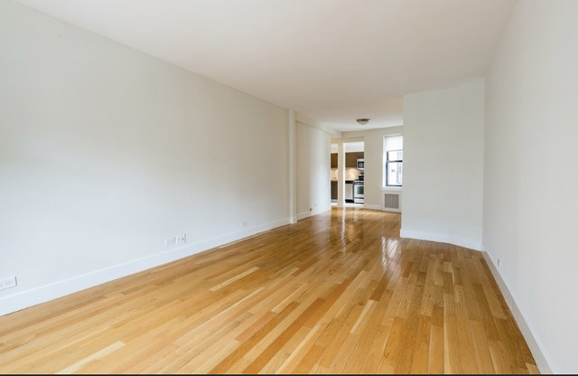 2 Bedrooms, Chelsea Rental in NYC for $5,153 - Photo 1