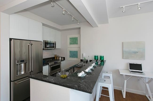 Studio, Lincoln Square Rental in NYC for $3,537 - Photo 1