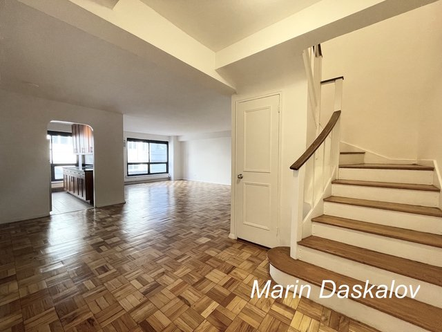 2 Bedrooms, Turtle Bay Rental in NYC for $4,895 - Photo 1