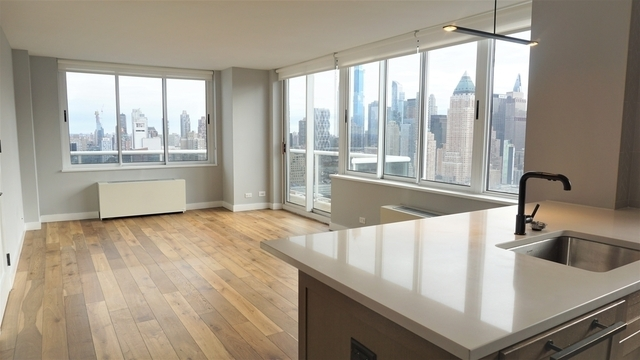 2 Bedrooms, Hell's Kitchen Rental in NYC for $5,863 - Photo 1