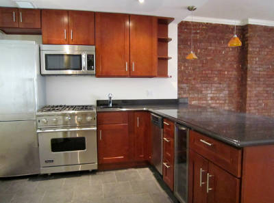 3 Bedrooms, Upper East Side Rental in NYC for $6,595 - Photo 1