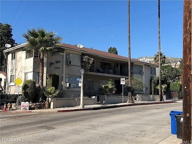 2 Bedrooms, Hollywood United Rental in Los Angeles, CA for $2,595 - Photo 1