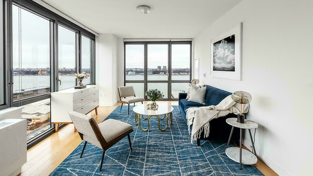 2 Bedrooms, Hell's Kitchen Rental in NYC for $4,038 - Photo 1