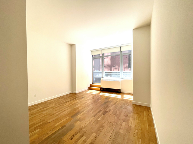Studio, Tribeca Rental in NYC for $2,450 - Photo 1
