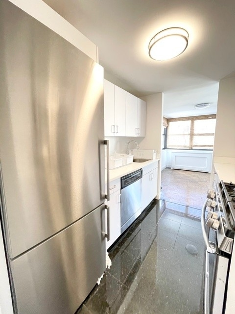 2 Bedrooms, Gramercy Park Rental in NYC for $7,800 - Photo 1