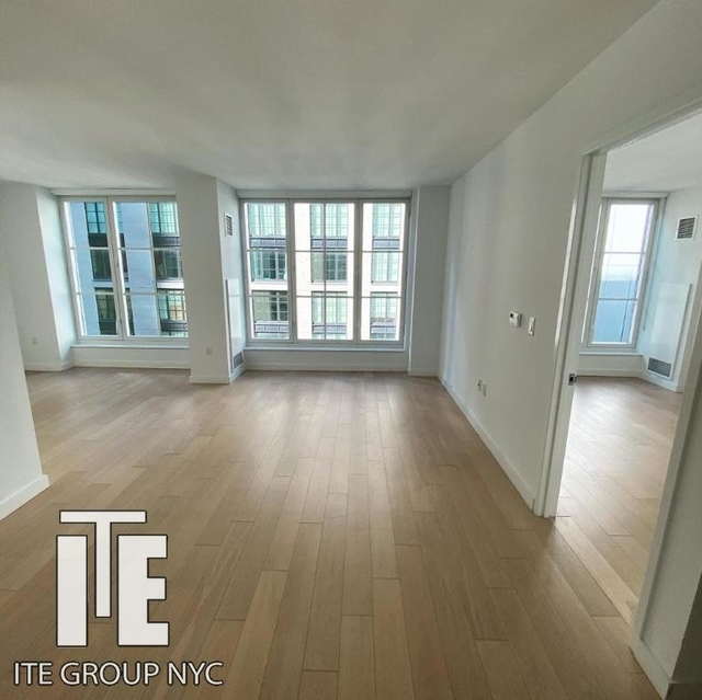 1 Bedroom, Hell's Kitchen Rental in NYC for $2,945 - Photo 1