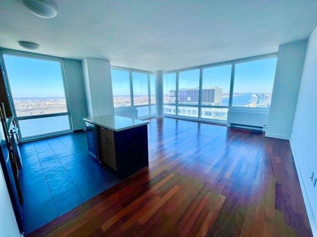 2 Bedrooms, Hell's Kitchen Rental in NYC for $4,596 - Photo 1
