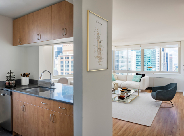 2 Bedrooms, Murray Hill Rental in NYC for $5,790 - Photo 1