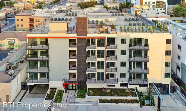 2 Bedrooms, NoHo Arts District Rental in Los Angeles, CA for $2,470 - Photo 1