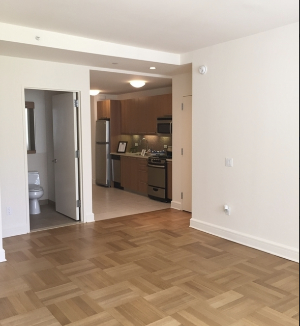 Studio, Lincoln Square Rental in NYC for $2,460 - Photo 1