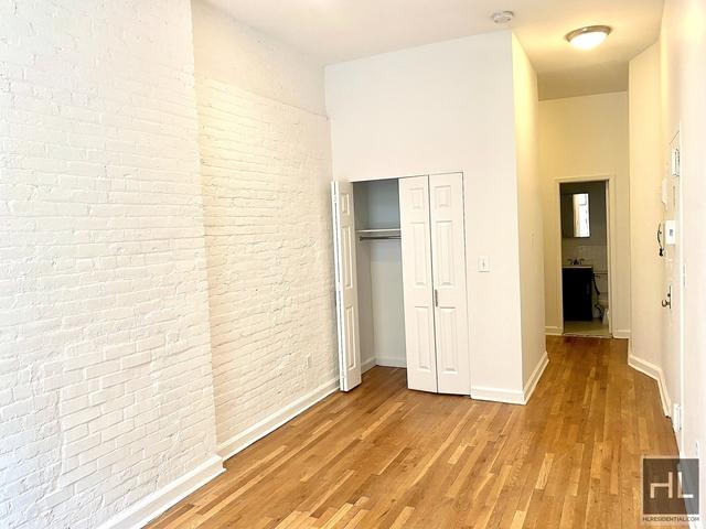 Studio, Yorkville Rental in NYC for $1,645 - Photo 1
