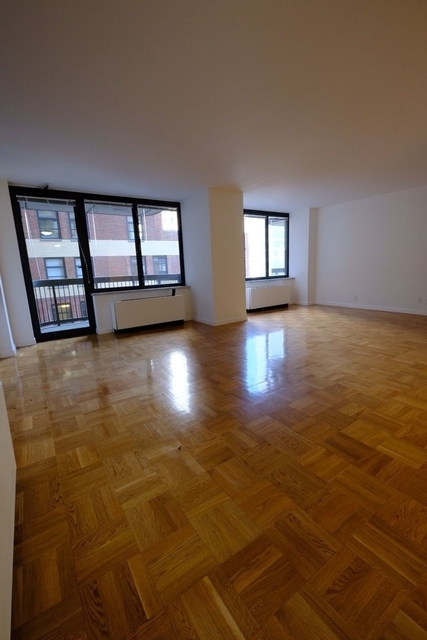 Studio, Theater District Rental in NYC for $2,542 - Photo 1