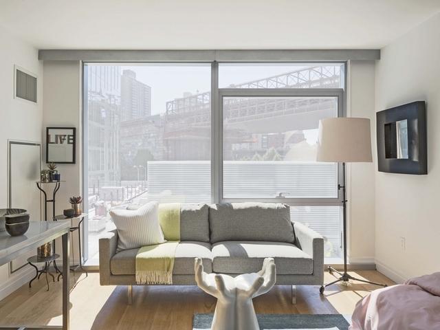 1 Bedroom, DUMBO Rental in NYC for $2,494 - Photo 1