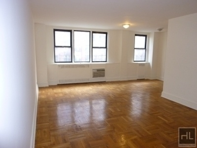 3 Bedrooms, Yorkville Rental in NYC for $7,329 - Photo 1