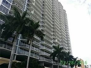 2 Bedrooms, Treasure Island Rental in Miami, FL for $2,400 - Photo 1