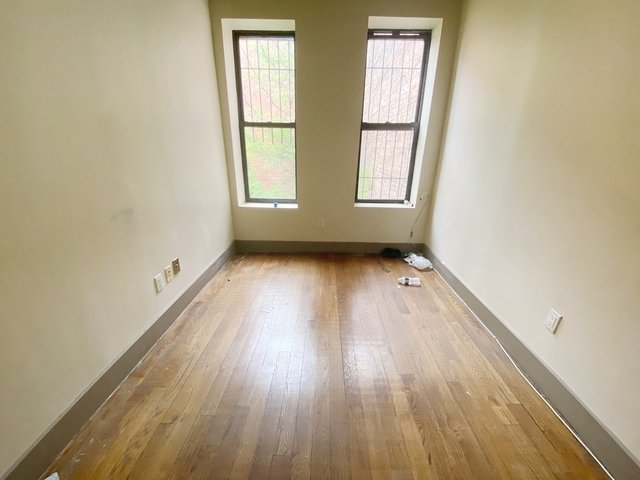 2 Bedrooms, Crown Heights Rental in NYC for $1,700 - Photo 1