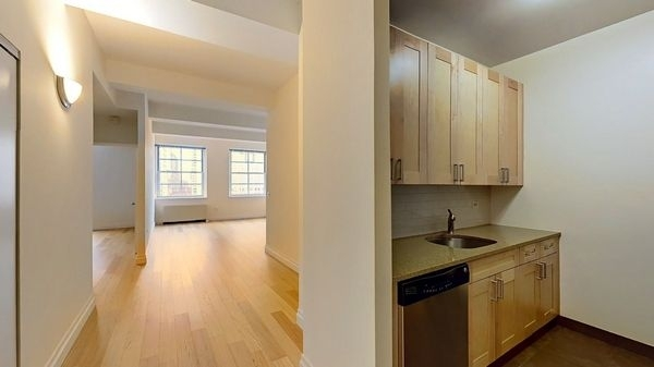 1 Bedroom, Financial District Rental in NYC for $2,919 - Photo 1