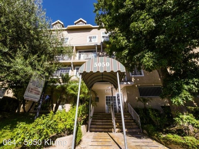 2 Bedrooms, NoHo Arts District Rental in Los Angeles, CA for $2,045 - Photo 1